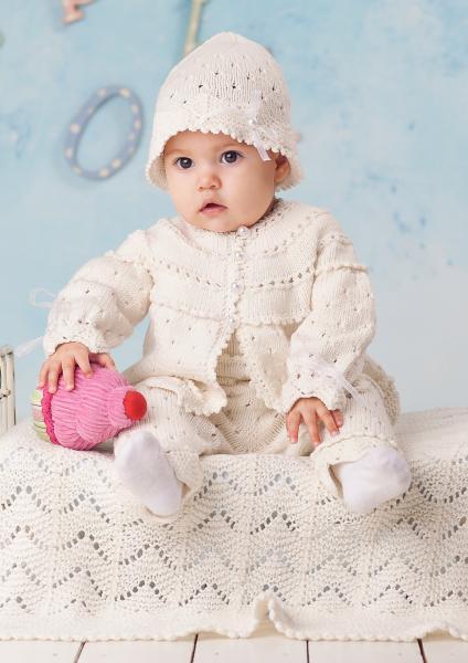 Strikkeoppskrifter baby hentesett